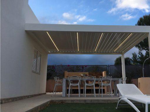 Protección solar- pérgola bioclimática-Aluminio